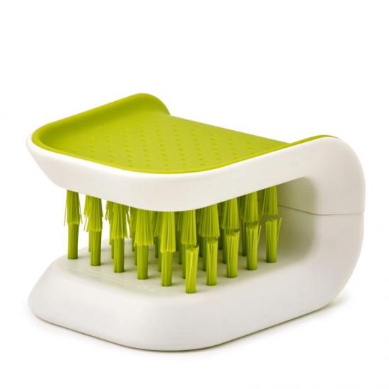 Щетка для мытья столовых приборов и ножей Joseph Joseph Blade Brush 2
