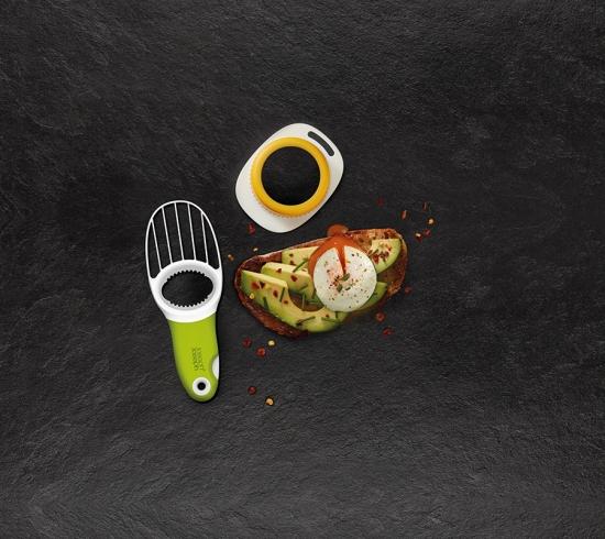 Форма для яиц пашот и нож для авокадо Joseph Joseph Breakfast Set 2