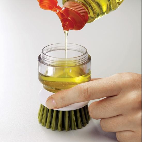 Щетка для мытья посуды с дозатором моющего средства Joseph Joseph Palm Scrub™ 4