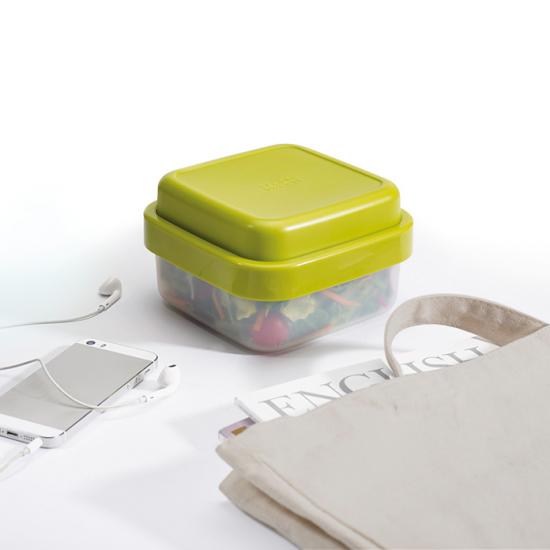 Контейнер для салата Joseph Joseph GoEat Space saving Salad Box 1