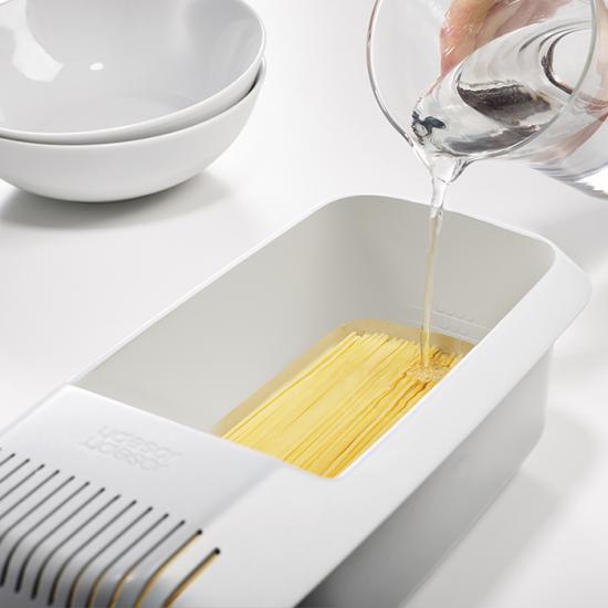 Прибор для варки макарон в микроволновке Joseph Joseph M-Cuisine Pasta Cooker 4