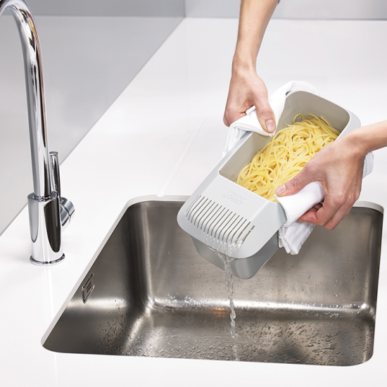 Прибор для варки макарон в микроволновке Joseph Joseph M-Cuisine Pasta Cooker 5