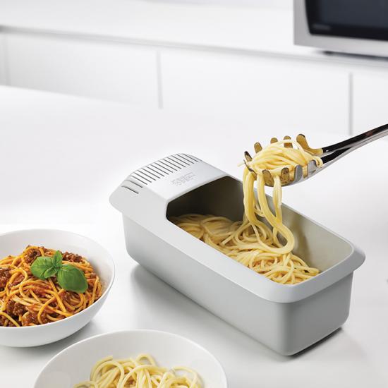 Прибор для варки макарон в микроволновке Joseph Joseph M-Cuisine Pasta Cooker 1